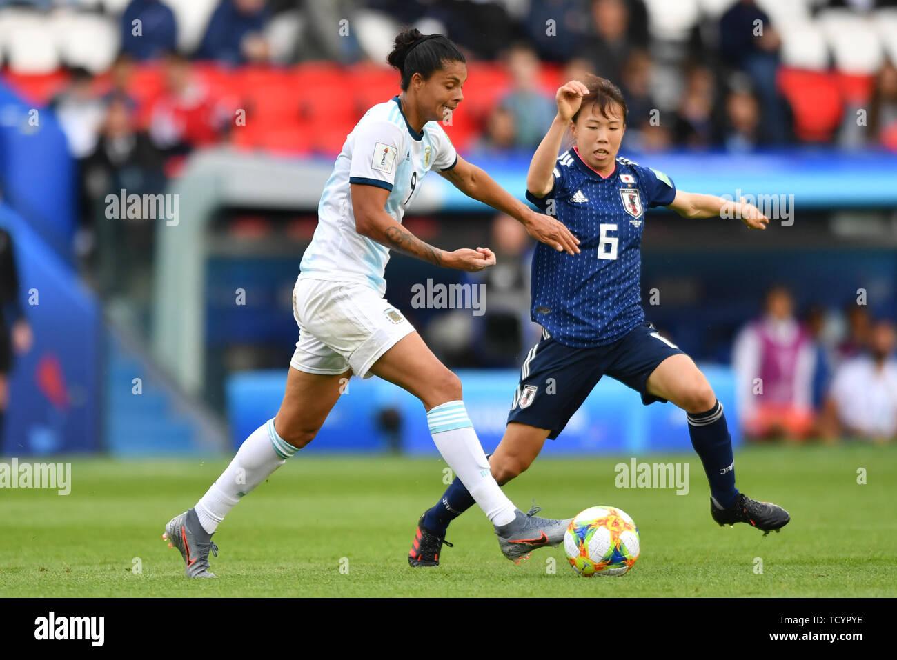 10 june 2019 Paris, France Soccer Women's World Cup France 2019: Argentina v Japan   Florencia Soledad Jaimes (Argentinien) (9) helping in the defense - Stock Image