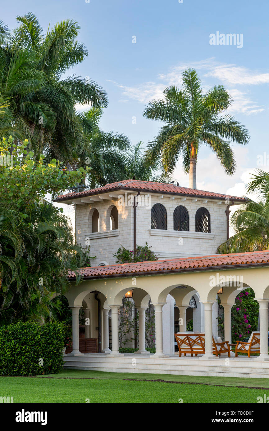 Veranda, watch tower and outdoor living space on luxury home, Naples, Florida, USA - Stock Image