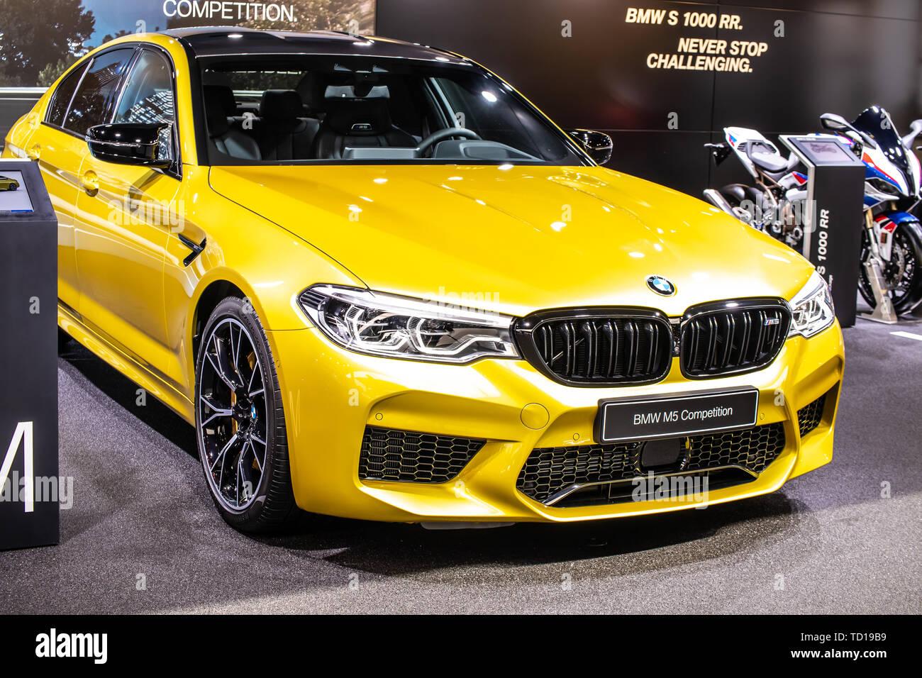 Geneva Switzerland March 05 2019 Metallic Yellow Bmw M5 Sedan