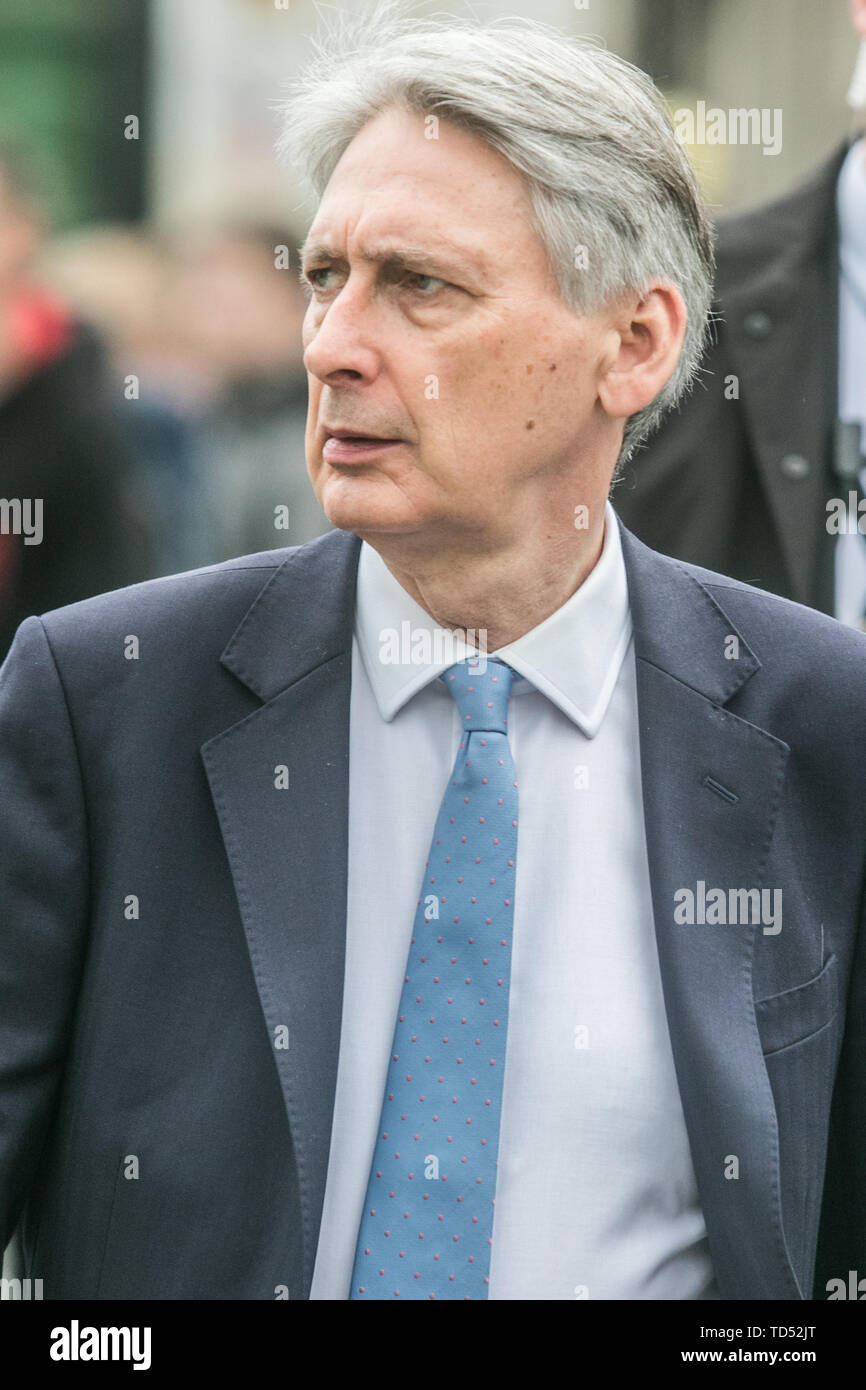 London, UK. 12th June, 2019. Chancellor of the Exchequer Philip Hammond arrives at Parliament on the day Boris Johnson launches his leadership bid for the Conservative Party and Labour Credit: amer ghazzal/Alamy Live News Stock Photo