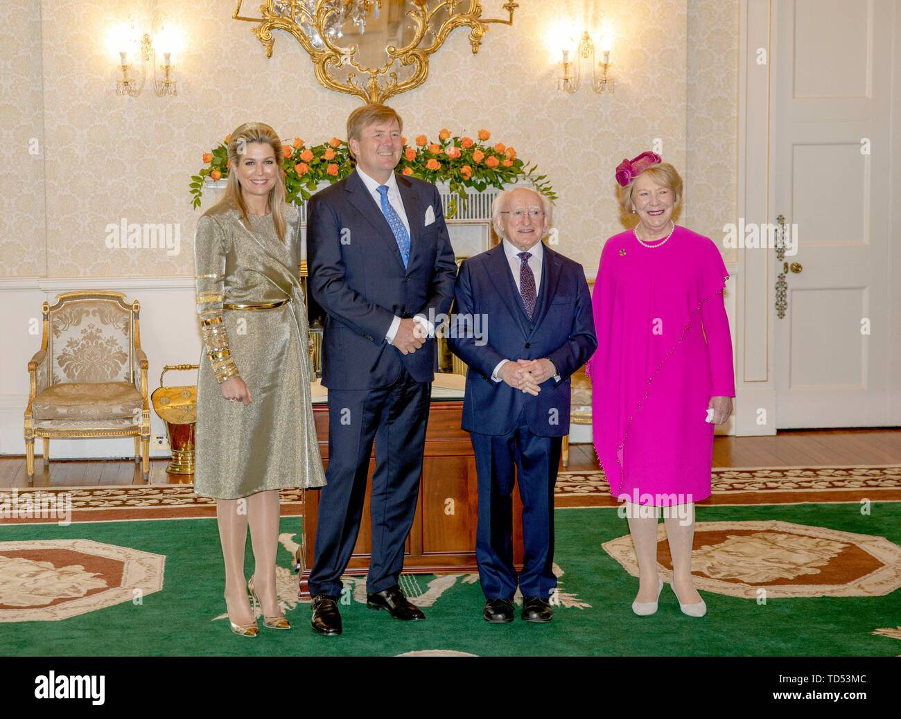 Dublin, Ireland. 12th June, 2019. King Willem-Alexander and Queen Maxima of The Netherlands are received by President Higgins and his wife Sabina Higgins at A?ras an Uachtara?in, the Presidential Palace in Dublin, on June 12, 2019, at the 1st of a 3 days State-visit to Ireland Photo : Albert Nieboer/ Netherlands OUT/Point de Vue OUT | Credit: dpa/Alamy Live News - Stock Image