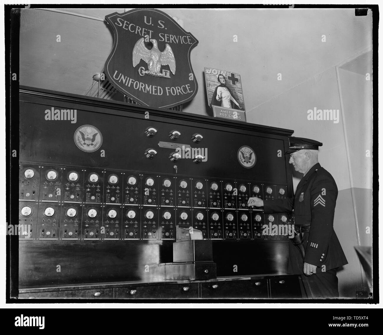 English: Title: Alarm system of the Treasury Dept , Secret Service