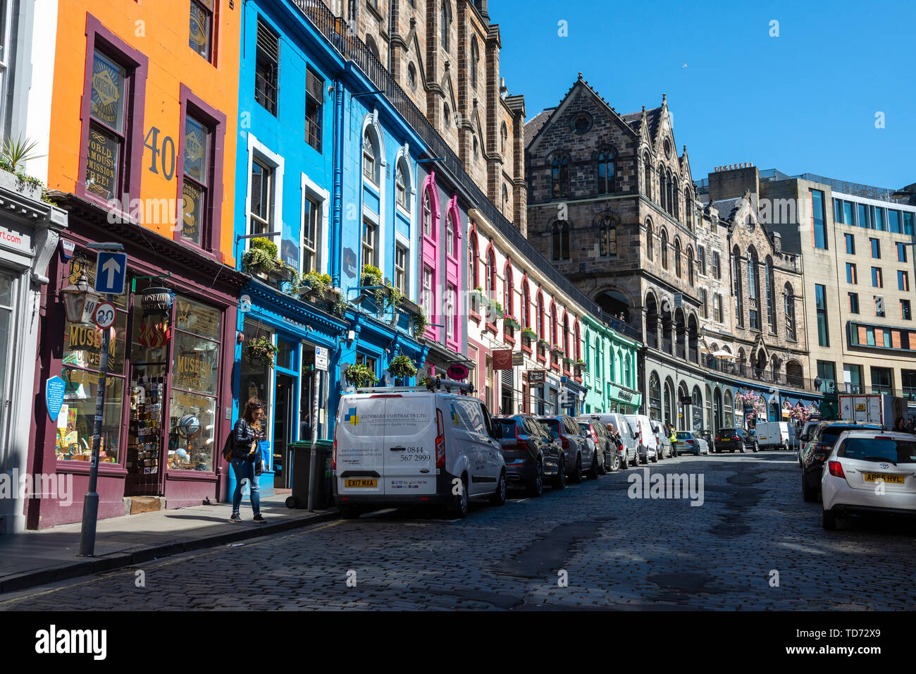 Colourful shopfronts along West Bow / Victoria Street in Edinburgh Old Town, Scotland, UK - Stock Image