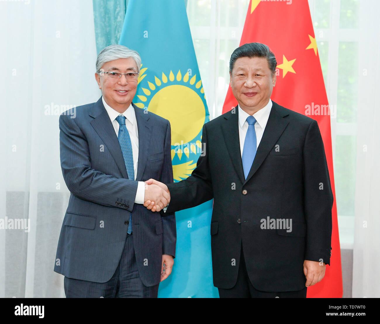 Bishkek, Kyrgyzstan. 13th June, 2019. Chinese President Xi Jinping meets with his Kazakh counterpart Kassym-Jomart Tokayev in Bishkek, Kyrgyzstan, June 13, 2019. Credit: Gao Jie/Xinhua/Alamy Live News - Stock Image
