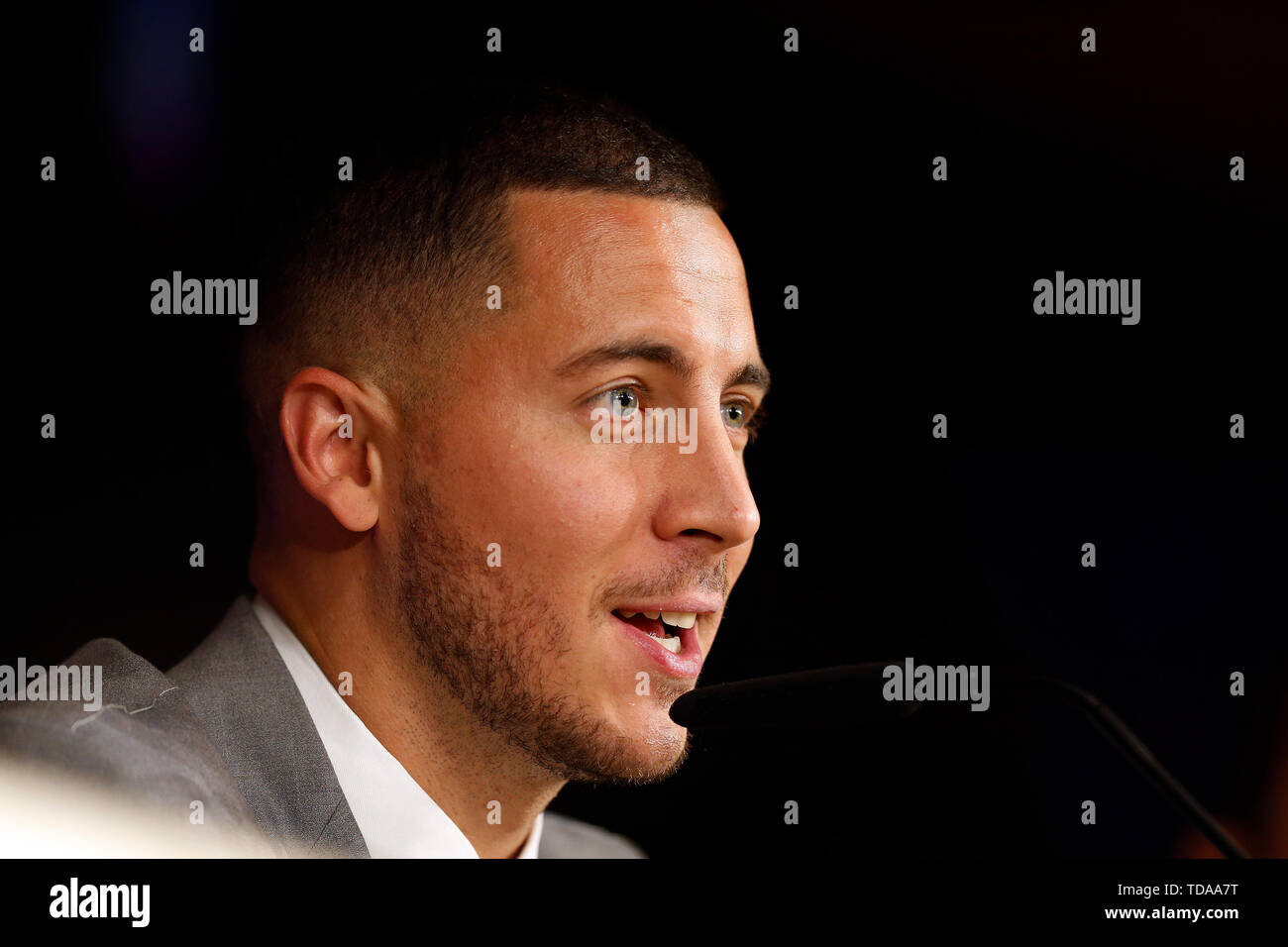Madrid, Spain. 13th June, 2019. Eden Hazard speaks during his presentation as a new player of Real Madrid CF at the Estadio Santiago Bernabeu in Madrid. Credit: SOPA Images Limited/Alamy Live News - Stock Image