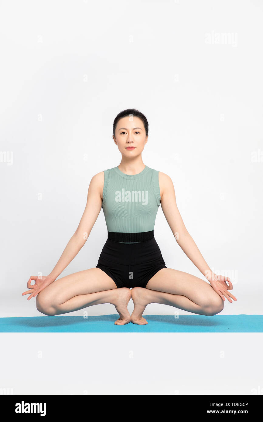 Beautiful Professional Yoga Teacher Stock Photo Alamy
