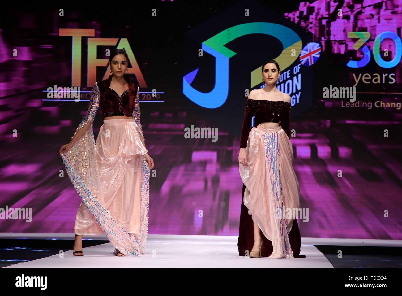 New Delhi India 14th June 2019 Models Walk On The Ramp And Presenting Collection Of Jd Institute Of Fashion And Technology During The The Fashion Award 2019 Credit Jyoti Kapoor Pacific Press Alamy Live