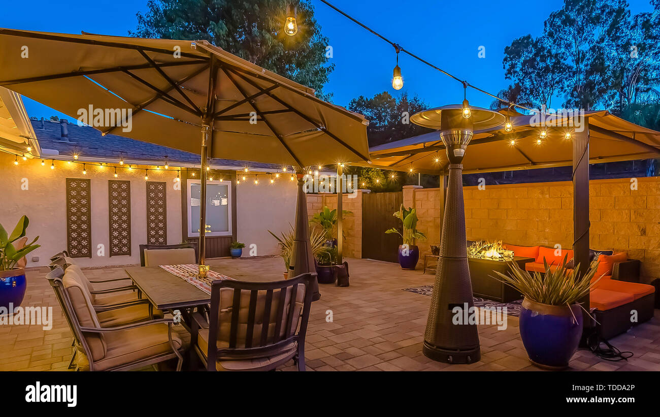 Outdoor Seating Lighting High Resolution Stock Photography And Images Alamy