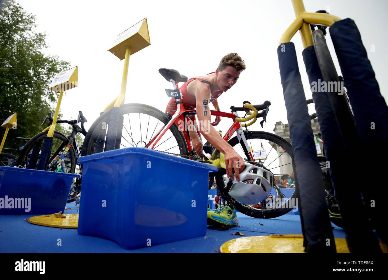 Switzerland's Max Studer during the Accenture World Triathlon Mixed Relay at Nottingham Embankment. - Stock Image