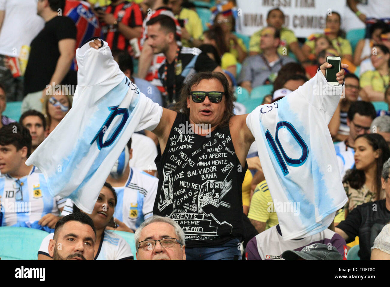 Salvador, Brazil. 15th June, 2019. Argentine fans during match between Argentina and Colombia, game 03, valid for the groups phase of Copa América 2019, held this Saturday, 15th, at the Fonte Nova Arena in Salvador, BA. Credit: Mauro Akiin Nassor/FotoArena/Alamy Live News - Stock Image