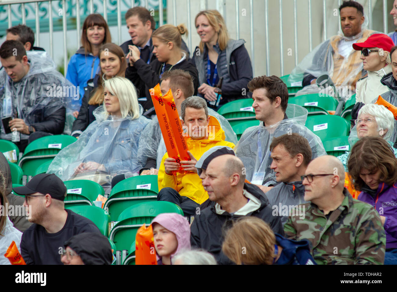 Nottingham, UK. 15th June, 2019. Despite heavy rain, spectators turned out to watch the 2019 Accenture World Triathlon Mixed Relay (Duathlon) in Nottingham, Credit: SOPA Images Limited/Alamy Live News - Stock Image
