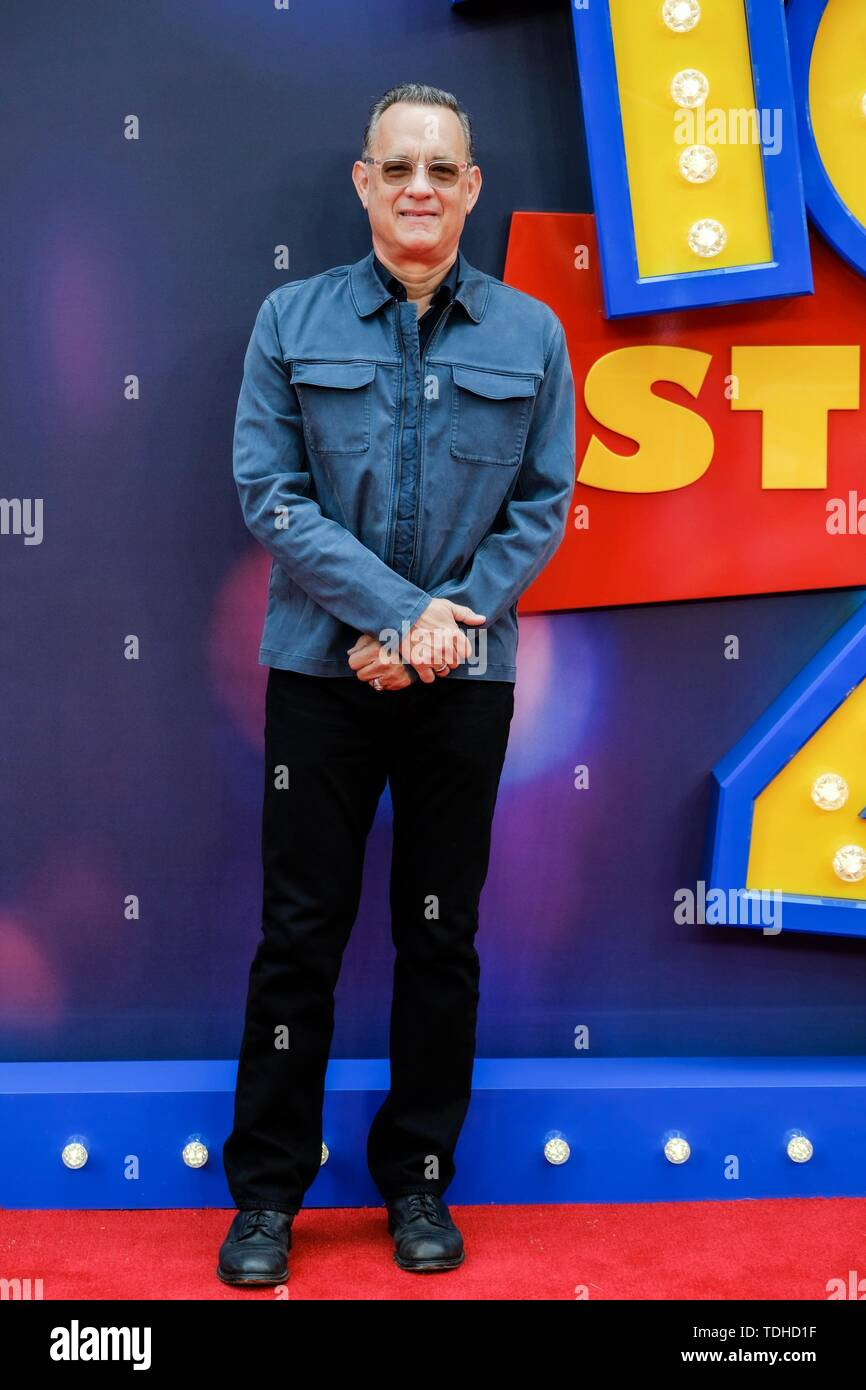 London, UK. 16th June 2019. Tom Hanks poses on the red carpet for the European premiere of Toy Story 4 held at the Odeon Luxe, Leicester Square, London on Sunday, Jun. 16, 2019 . Credit: Julie Edwards/Alamy Live News - Stock Image
