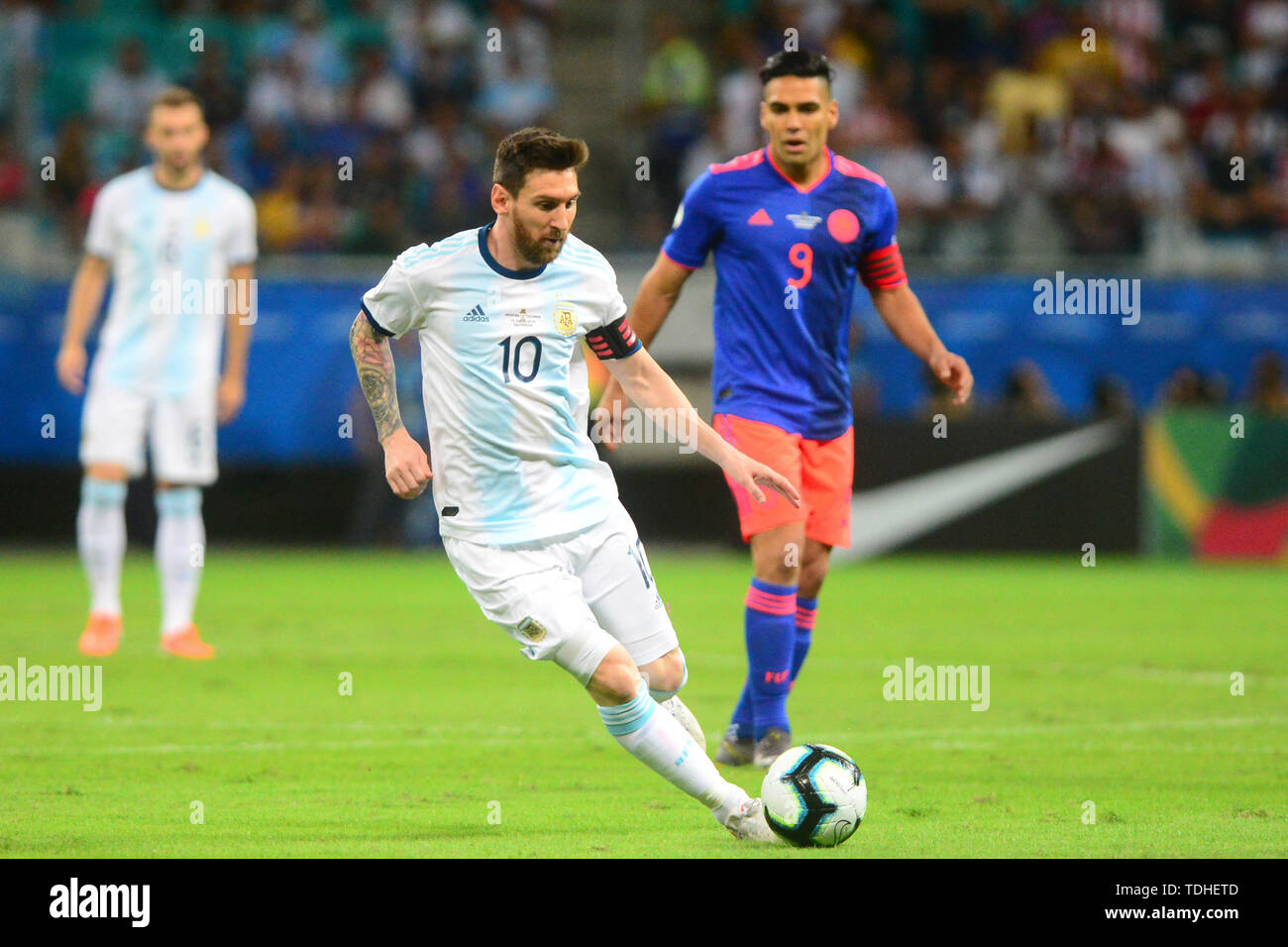15th June 2019, Arena Fonte Nova, Salvador, Bahia, Brazil; Copa America International Football tournament, Argentina versus Colombia;  Lionel Messi of Argentina breaks away from Falcao of Colombia - Stock Image