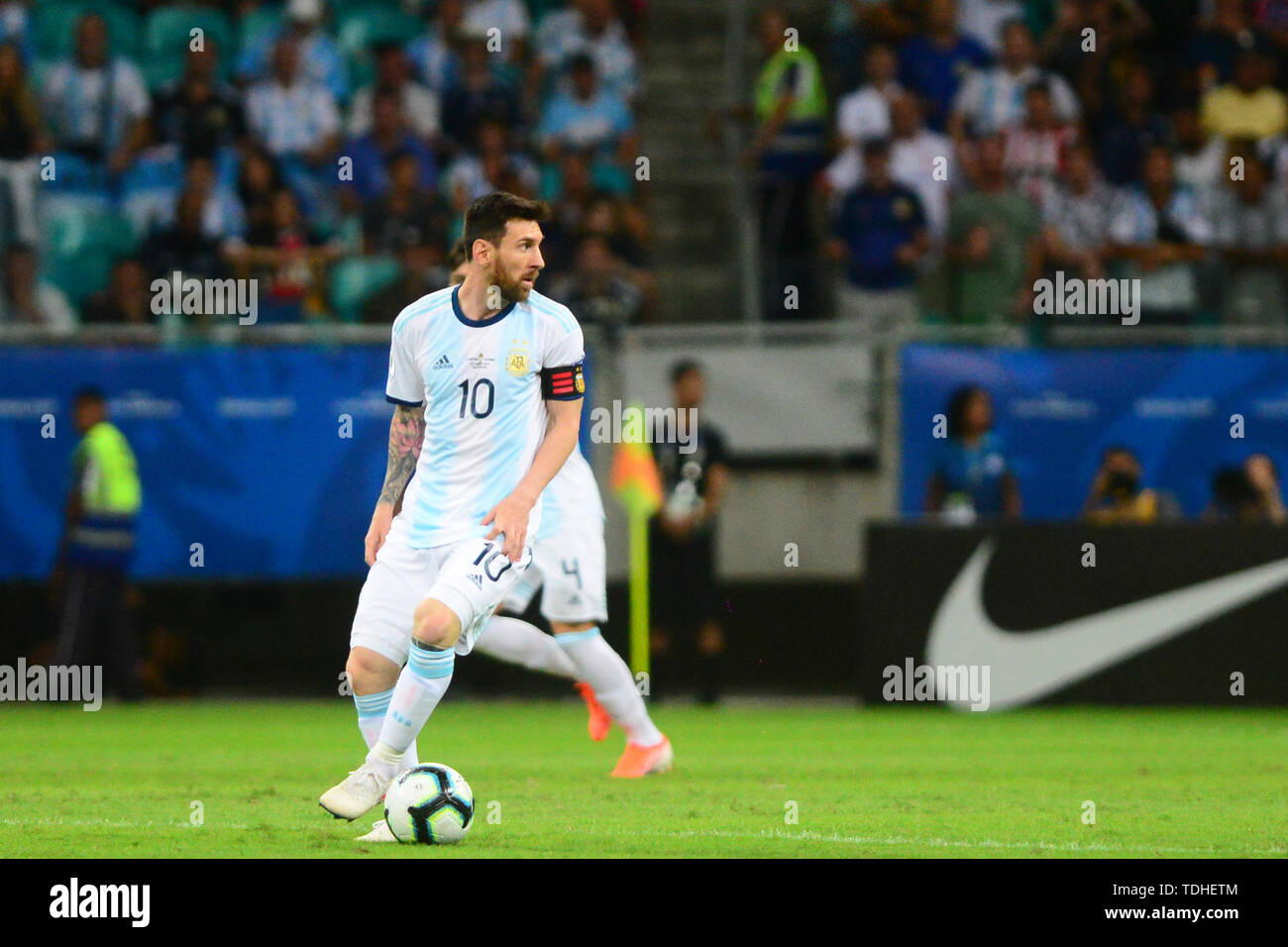 15th June 2019, Arena Fonte Nova, Salvador, Bahia, Brazil; Copa America International Football tournament, Argentina versus Colombia;  Lionel Messi of Argentina looks for an outlet ball - Stock Image