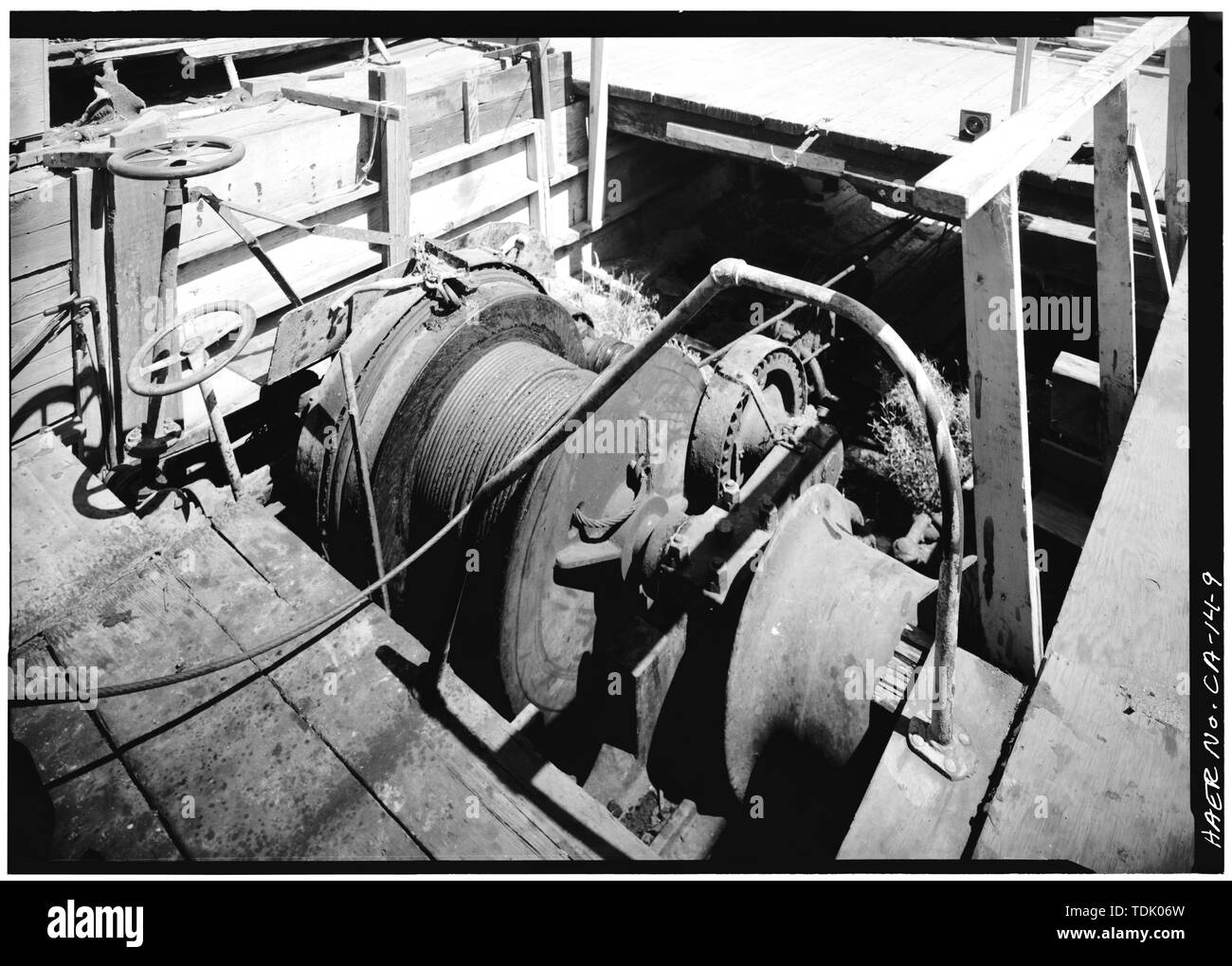 OBLIQUE VIEW OF 'OTHER WAYS' WINCH - Anderson-Christofani Shipyard, Innes Avenue and Griffith Street, San Francisco, San Francisco County, CA - Stock Image