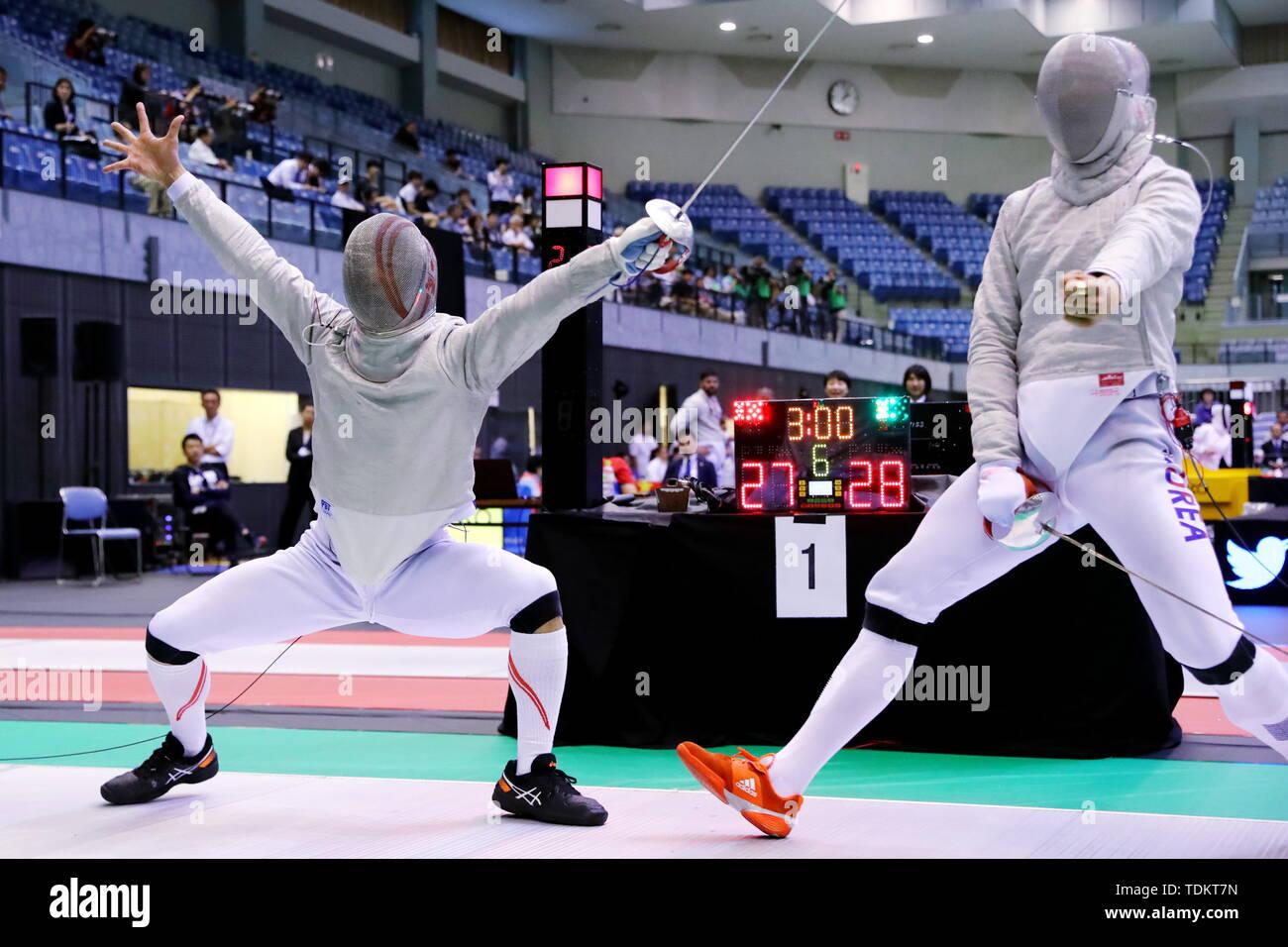 Chiba Port Arena, Chiba, Japan. 17th June, 2019. (L-R) Kenta Tokunan (JPN), Oh Sanguk (KOR), JUNE 17, 2019 - Fencing : 2019 Asian Fencing Championships Men's Team Sabre at Chiba Port Arena, Chiba, Japan. Credit: Naoki Nishimura/AFLO SPORT/Alamy Live News - Stock Image