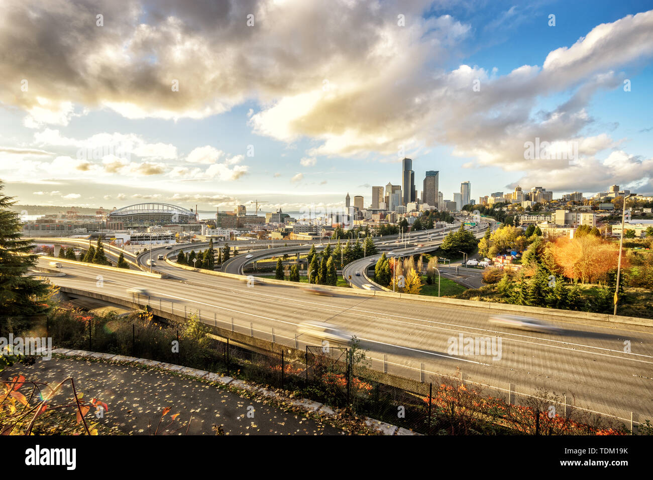 cityscape of los angeles and busy elevated road - Stock Image