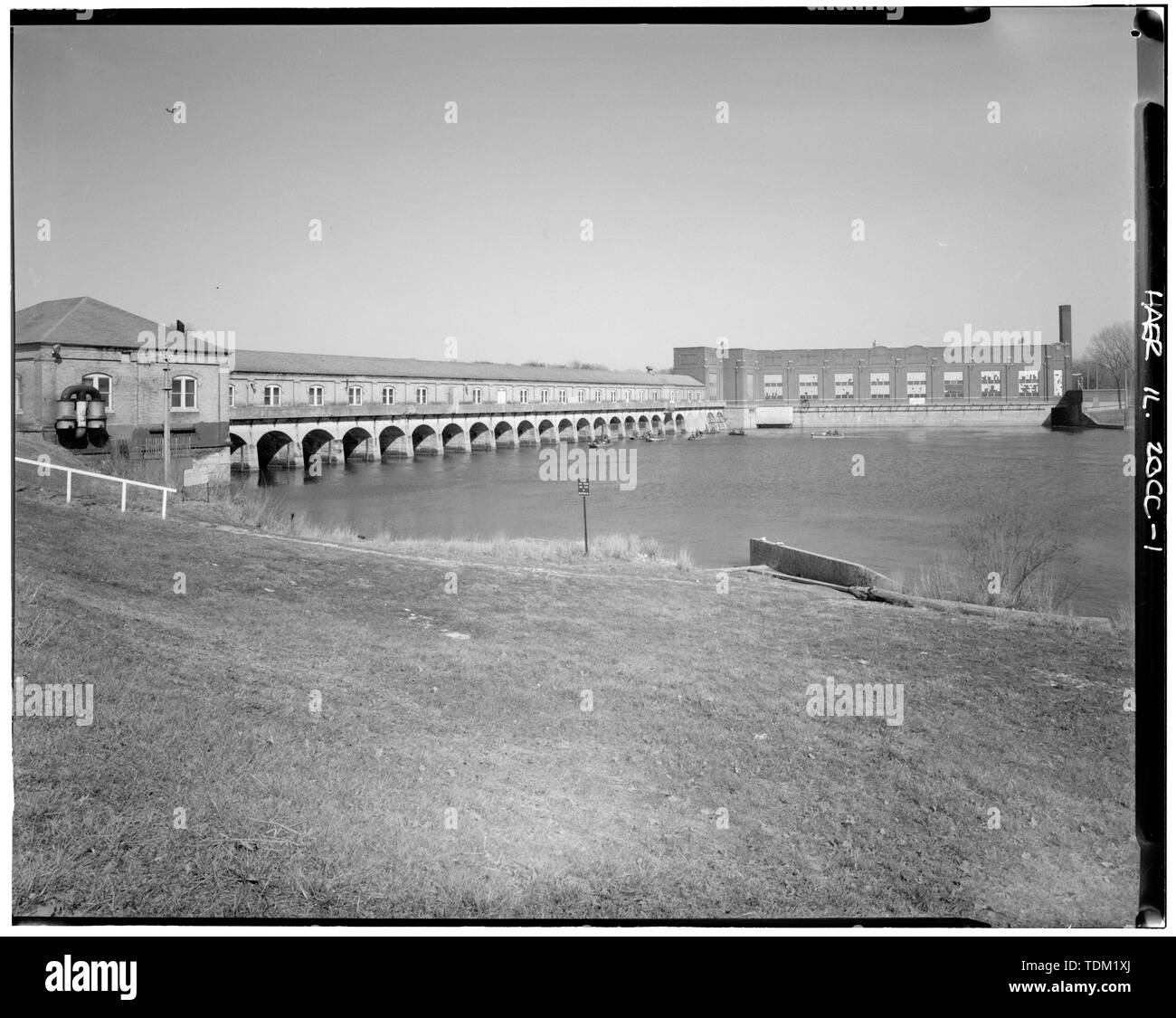 Overall view; looking NE. (Harms) - Rock Island Arsenal, Building No. 160, Sylvan Drive, Rock Island, Rock Island County, IL; Central Engineering Company of Davenport - Stock Image