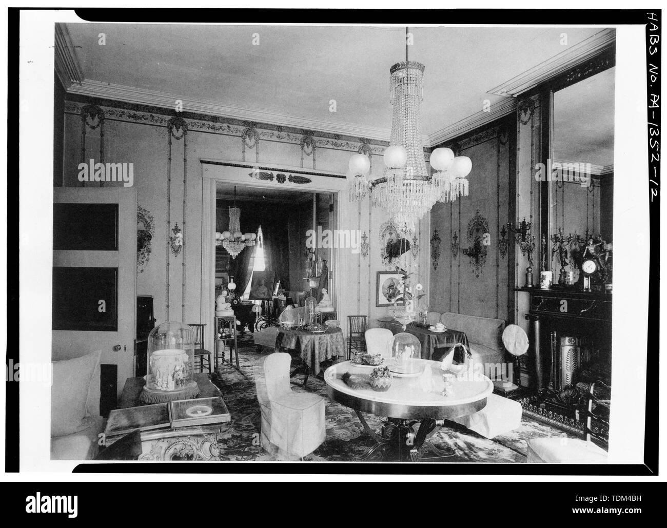19th Century Parlor Stock Photos & 19th Century Parlor Stock
