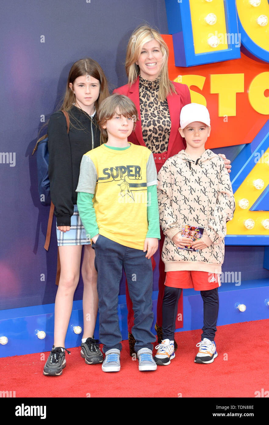 Photo Must Be Credited ©Alpha Press 078237 16/06/2019 Kate Garraway and daughter Darcey and Son William Toy Story 4 European Premiere at Leicester Square London - Stock Image