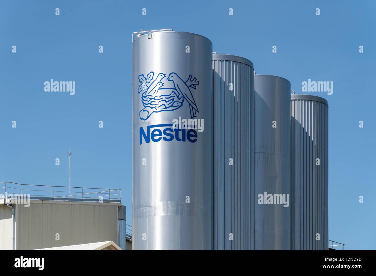 Nestle Logo Stock Photos & Nestle Logo Stock Images - Alamy