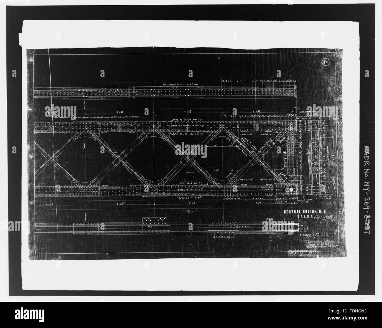 Photocopy of original structural shop drawing, Passaic Rolling Mill Company, 1892-1893, (original in possession of New York City Department of Transportation), lattice girder elevation and details - girder G1 - Macombs Dam Bridge, Spanning Harlem River Between 155th Street Viaduct, Jerome Avenue, and East 162nd Street, Bronx, Bronx County, NY - Stock Image