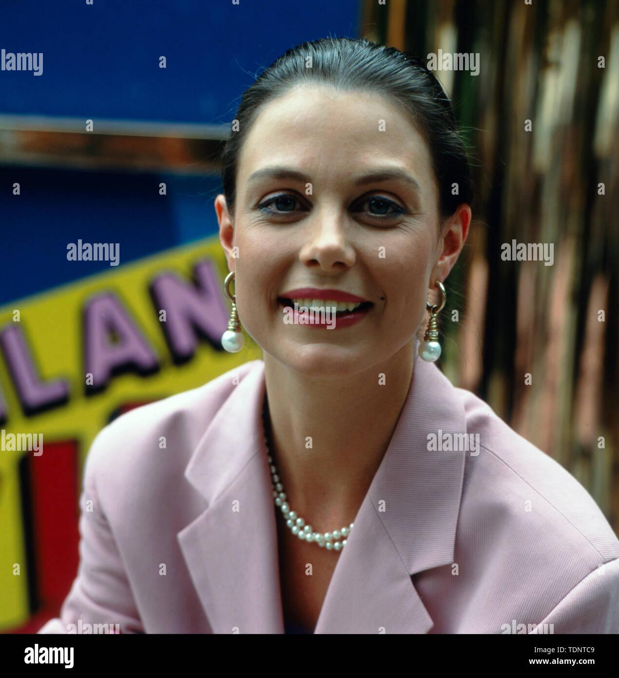 f37f310da8f813 Porträt der Moderatorin Karoline Reinhardt vor der ZDF-Show 'Deutschland  lacht' am 15.07