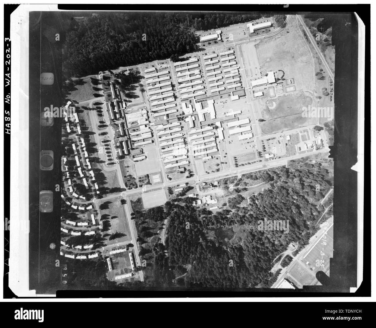 Photocopy of an aerial plan view photograph of Madigan Hospital taken on September 28, 1992. HABS negative is a 4x5' copy negative made from original color photograph in the collection of the U.S. Army Corps of Engineers, Seattle District Office, Seattle, WA. - Madigan Hospital, Bounded by Wilson and McKinley Avenues and Garfield and Lincoln Streets, DuPont, Pierce County, WA; Sawyer, Philip; Steinbrueck, Victor E; Boespflug, John F; Maul, David, transmitter; Price, Virginia B, transmitter - Stock Image