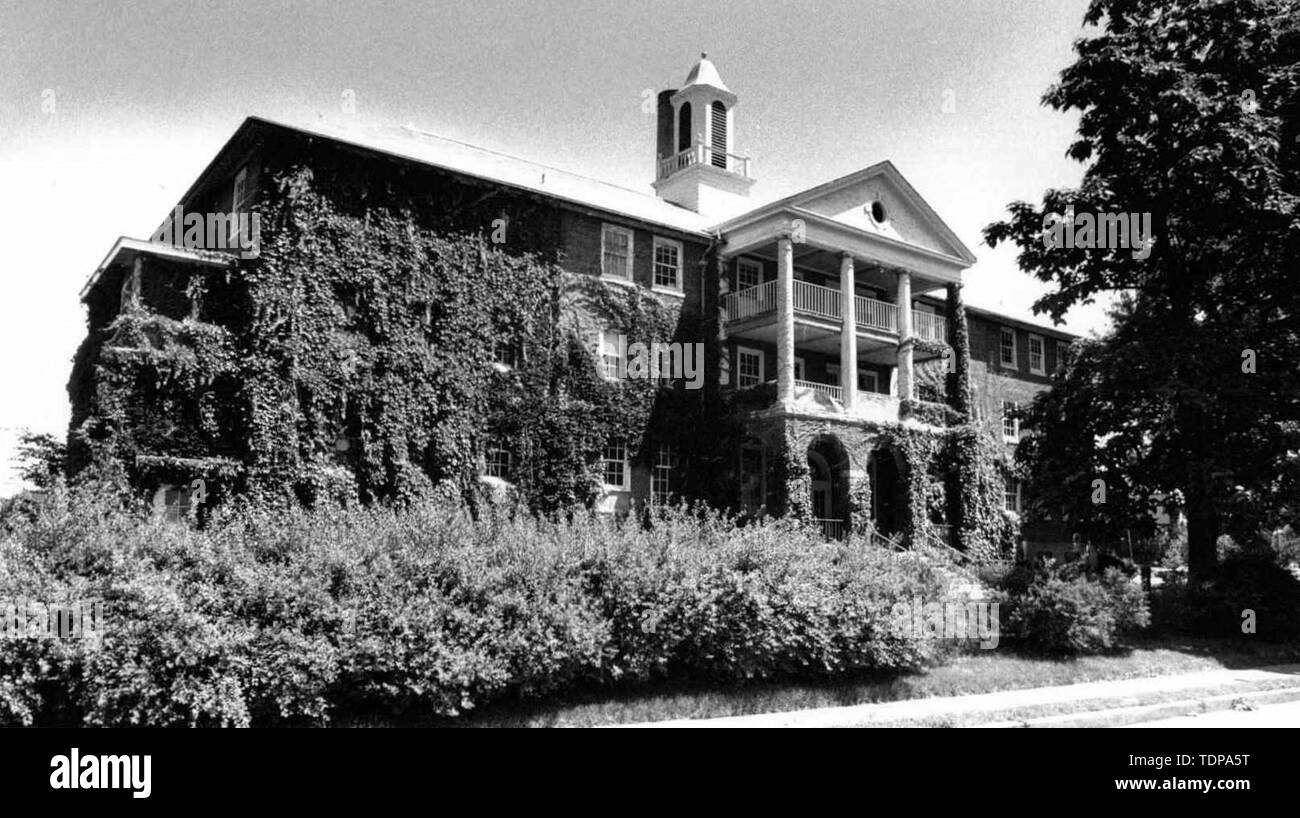 Jun 29, 1989 - Davenport, Iowa, U.S. - French Hall will be demolished next week to make way for a new parking ramp at Bridge Avenue and High Street. Photo o taken June 29, 1989. Maternal Health Center..(Credit Image: © Chris Delmas/ZUMA Wire) - Stock Image