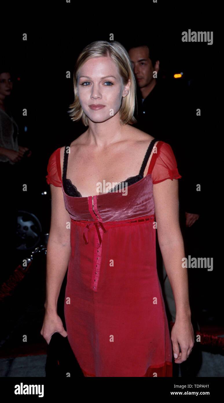 Nov 04, 1998; Los Angeles, CA, USA; Actor JENNIE GARTH @ the 'Beverly Hills 90210' 250th episode party..  (Credit Image: © Chris Delmas/ZUMA Wire) - Stock Image