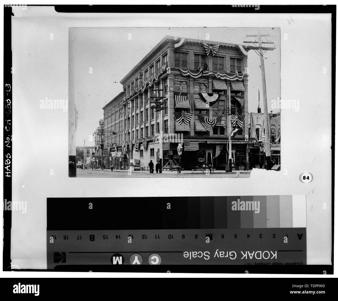 (original photocopy in the possession of the Allen County Museum, circa 1900), photographer unknown VIEW SOUTHEAST SHOWING HOLLAND BLOCK BUILDING AND ANNEX DURING A PARADE FOR THE GRAND ARMY OF THE REPUBLIC - Holland Block Annex, 112-116 East High Street, Lima, Allen County, OH - Stock Image