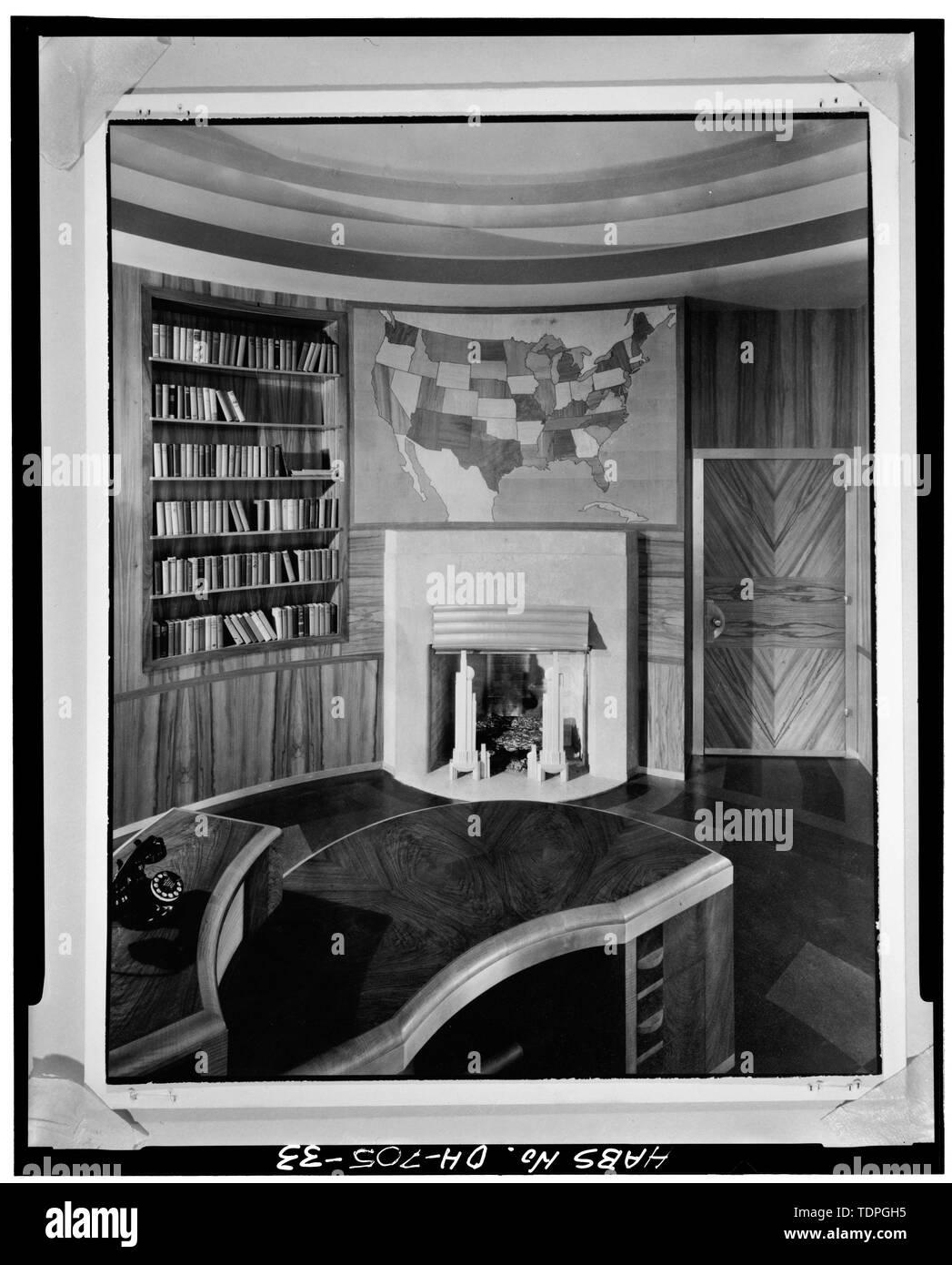 BOARD CHAIRMAN'S OFFICE, LOOKING NORTHEAST - Cincinnati Union Terminal, 1301 Western Avenue, Cincinnati, Hamilton County, OH - Stock Image