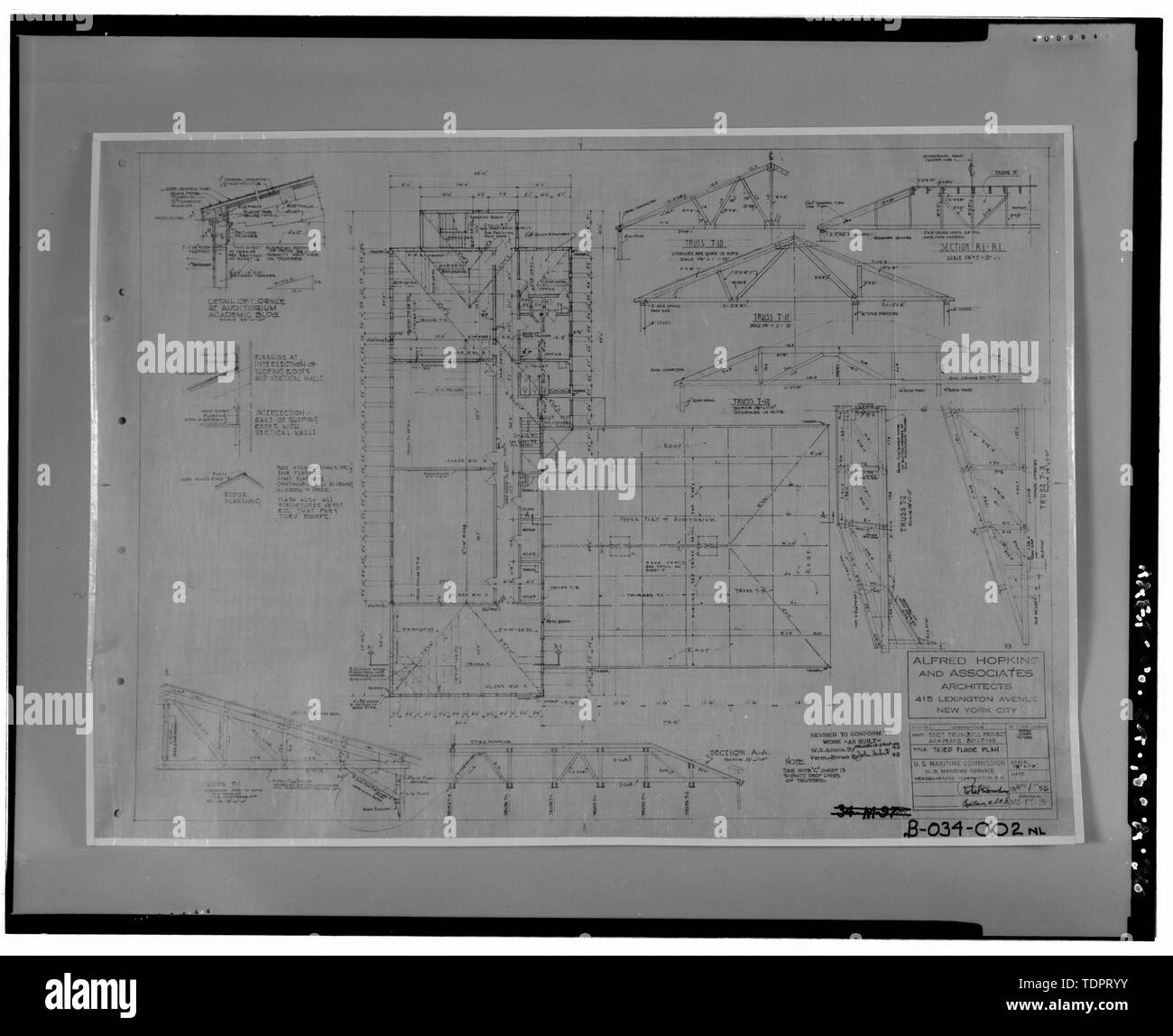Photographic copy of third floor plan of Bowditch Hall, Alfred Hopkins and Associates, 1943. Drawing on file at Caretaker Site Office, Naval Undersea Warfare Center, New London. Copyright-free. - Naval Undersea Warfare Center, Bowditch Hall, 600 feet east of Smith Street and 350 feet south of Columbia Cove, West bank of Thames River, New London, New London County, CT - Stock Image