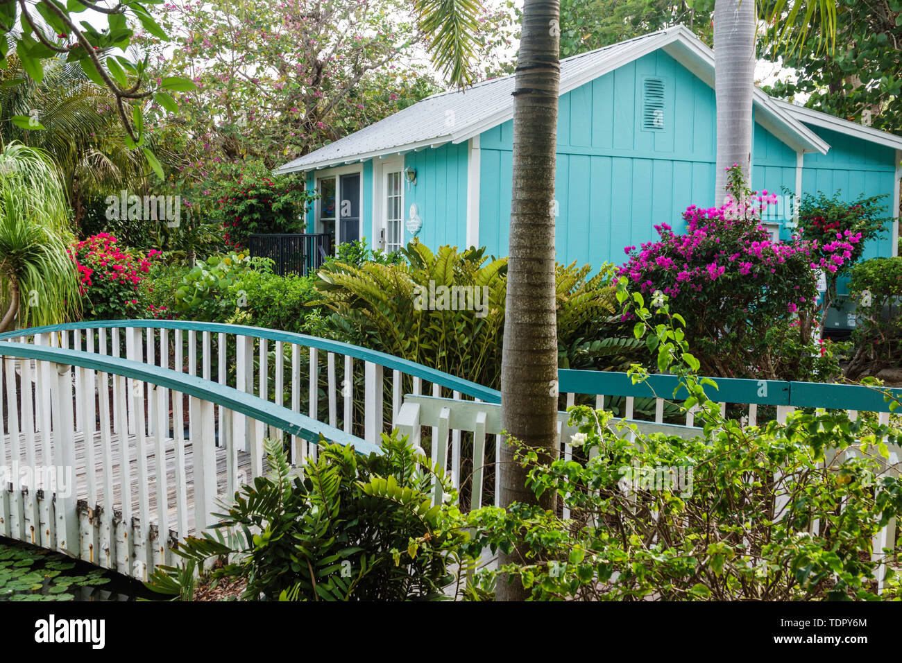 Captiva Island Florida 'Tween Waters Inn Island Resort & Spa hotel garden cottage bungalow wooden bridge Stock Photo