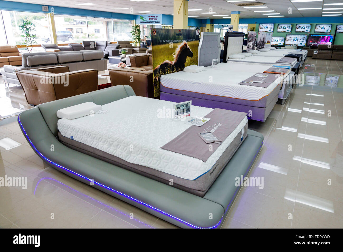 Mattress Sale High Resolution Stock Photography And Images Alamy