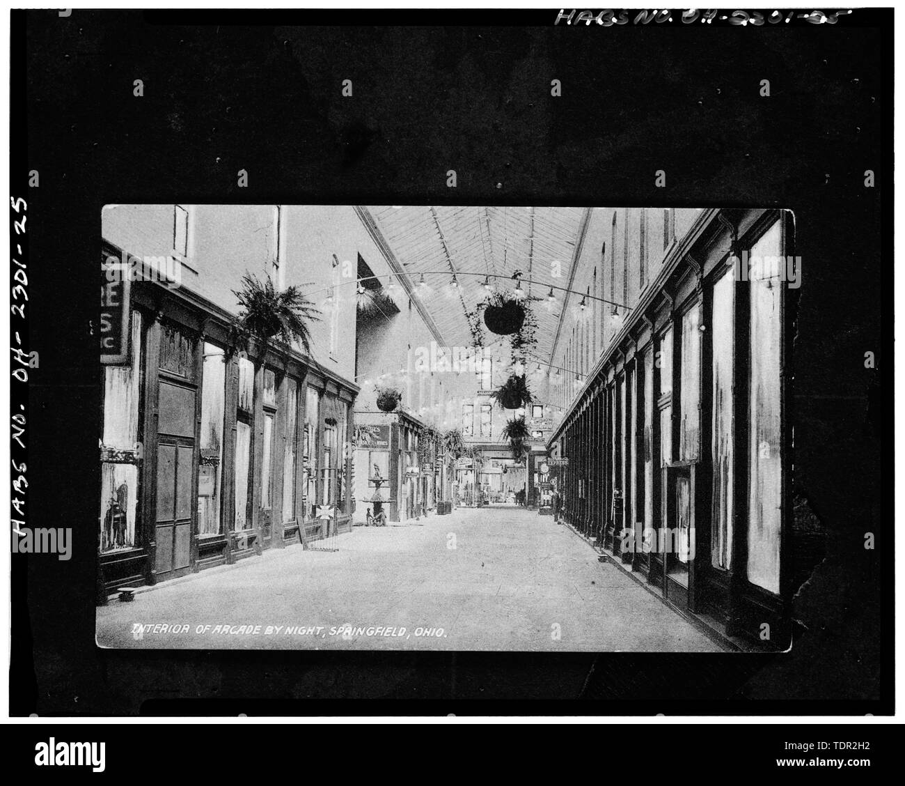 Photograph of postcard (from the Clark County Historical Society, Springfield, Ohio, no date) INTERIOR OF ARCADE BY NIGHT, VIEW NORTH - Arcade Hotel, Fountain Avenue, bounded by High and Washington Streets, Springfield, Clark County, OH - Stock Image
