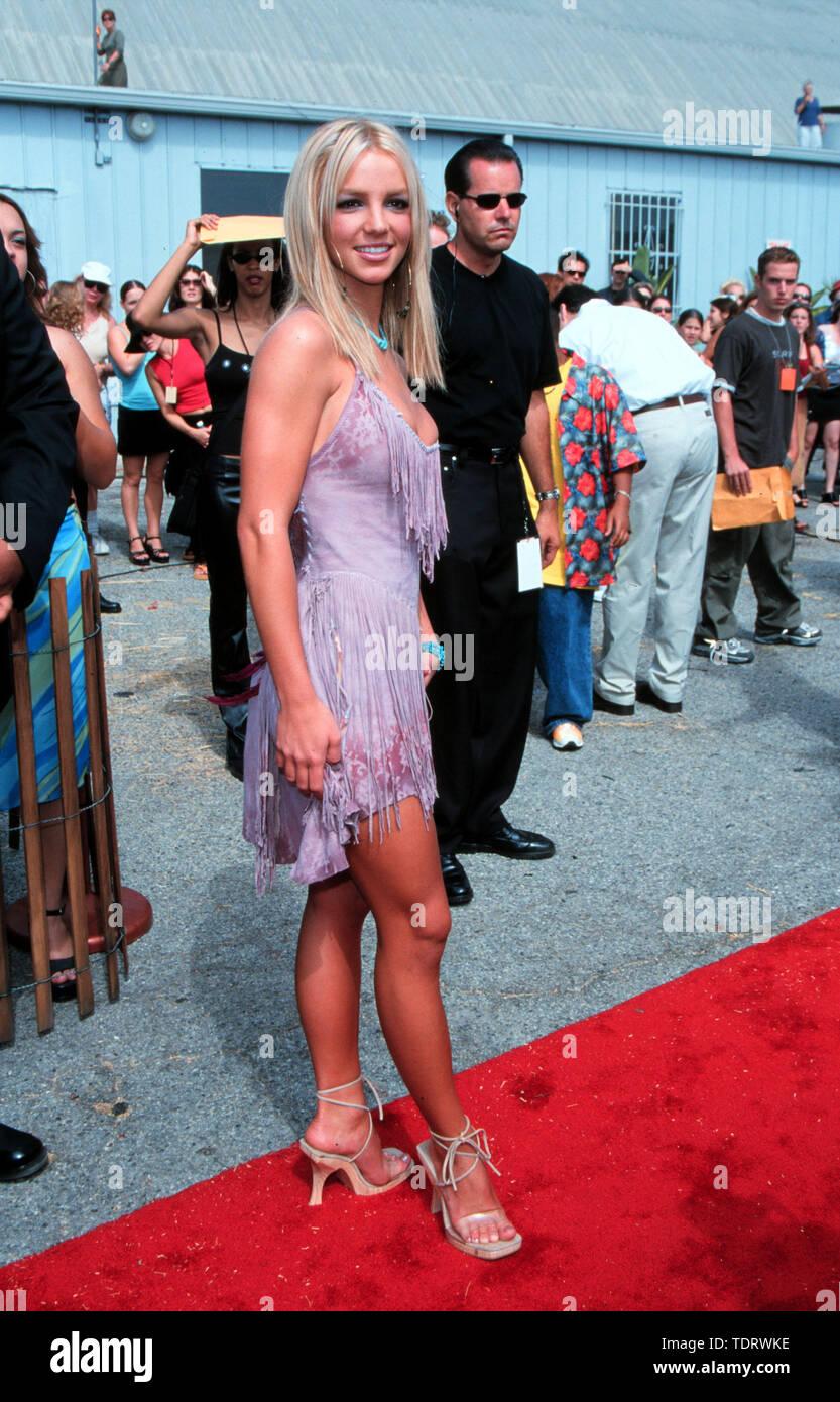 Aug 05 2000 Los Angeles Ca Usa Pop Star Britney Spears The Teen Choice Awards Credit Image A C Chris Delmas Zuma Wire Stock Photo Alamy