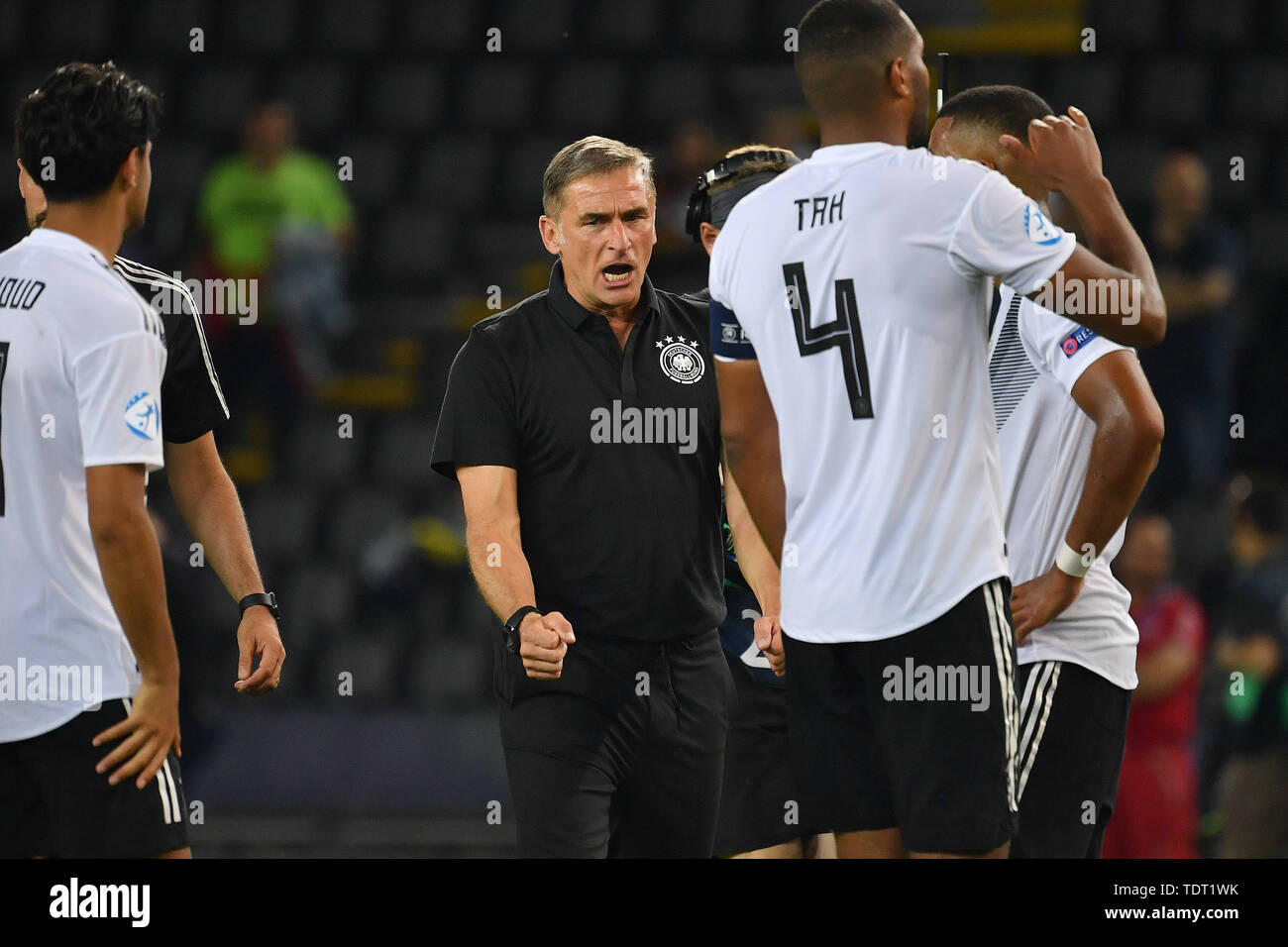 Udine, Italien. 17th June, 2019. Stefan KUNTZ, coach (GER) after the end of the game, clenching his fist, jubilation, joy, enthusiasm, Germany (GER) -Daenemark (DEN) 3-1, on 17.06.2019 Stadio Friuli Udine. Football U-21, UEFA Under21 European Championship in Italy/SanMarino from 16.-30.06.2019. | Usage worldwide Credit: dpa/Alamy Live News - Stock Image