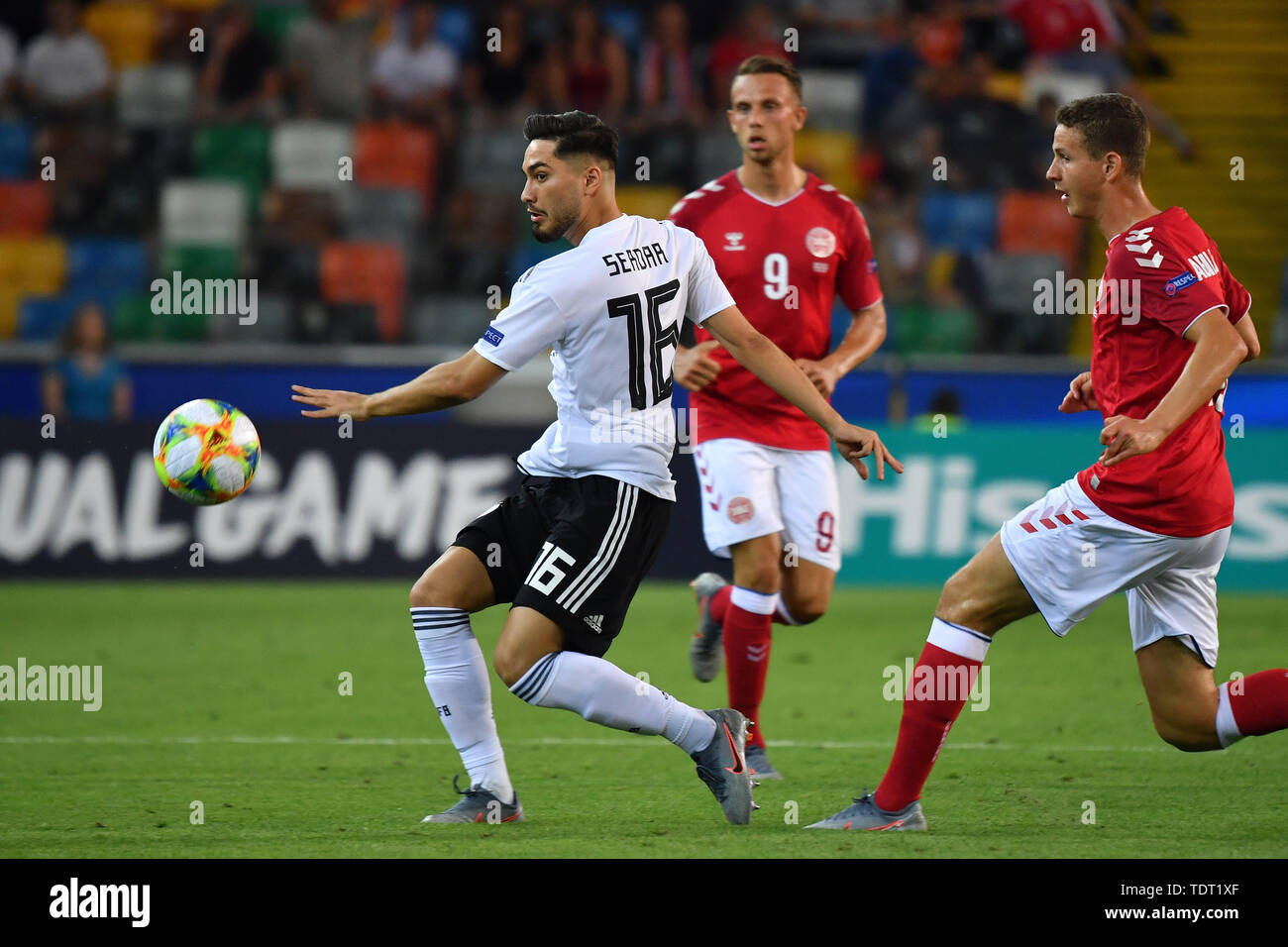 Suat SERDAR (GER), action, duels. Germany (GER) -Daenemark (DEN) 3-1, on 17.06.2019 Stadio Friuli Udine. Football U-21, UEFA Under21 European Championship in Italy / SanMarino from 16.-30.06.2019. | Usage worldwide - Stock Image