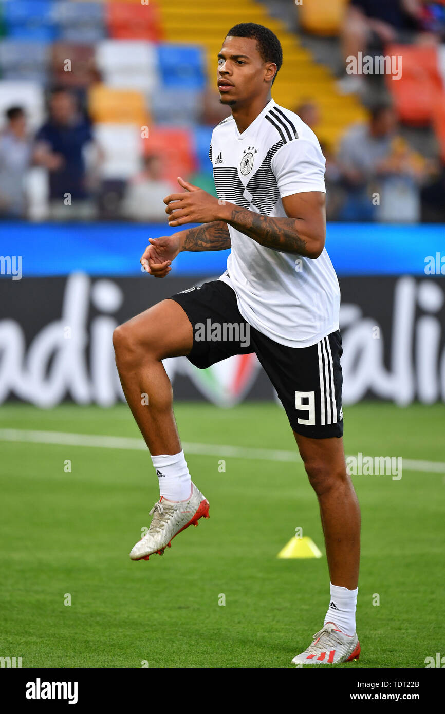 Udine, Italien. 17th June, 2019. Lukas NMECHA (GER), Action, Single Action, Frame, Cut Out, Full Body, Whole Figure. Germany (GER) -Daenemark (DEN) 3-1, on 17.06.2019 Stadio Friuli Udine. Football U-21, UEFA Under21 European Championship in Italy/SanMarino from 16.-30.06.2019. | Usage worldwide Credit: dpa/Alamy Live News - Stock Image