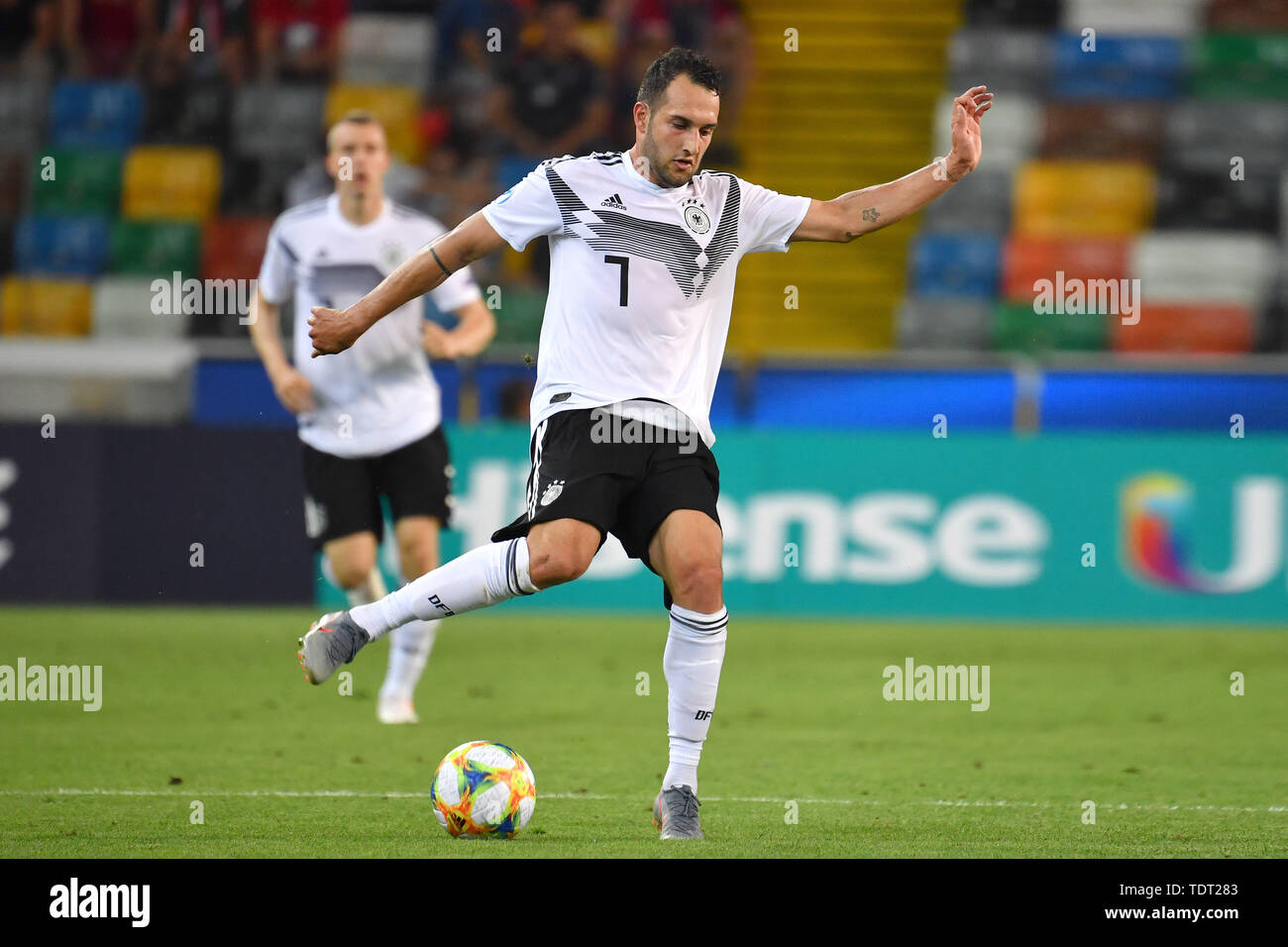 Udine, Italien. 17th June, 2019. Levin OEZTUNALI (GER), Action, Single Action, Frame, Cut Out, Full Body, Whole Figure. Germany (GER) -Daenemark (DEN) 3-1, on 17.06.2019 Stadio Friuli Udine. Football U-21, UEFA Under21 European Championship in Italy/SanMarino from 16.-30.06.2019. | Usage worldwide Credit: dpa/Alamy Live News - Stock Image