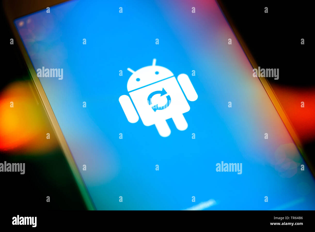 Laden des Android-Betriebssystems | charging of Android operating system | BLWS473194.jpg [ (c) blickwinkel/McPHOTO/C. Ohde Tel. +49 (0)2302-2793220, - Stock Image