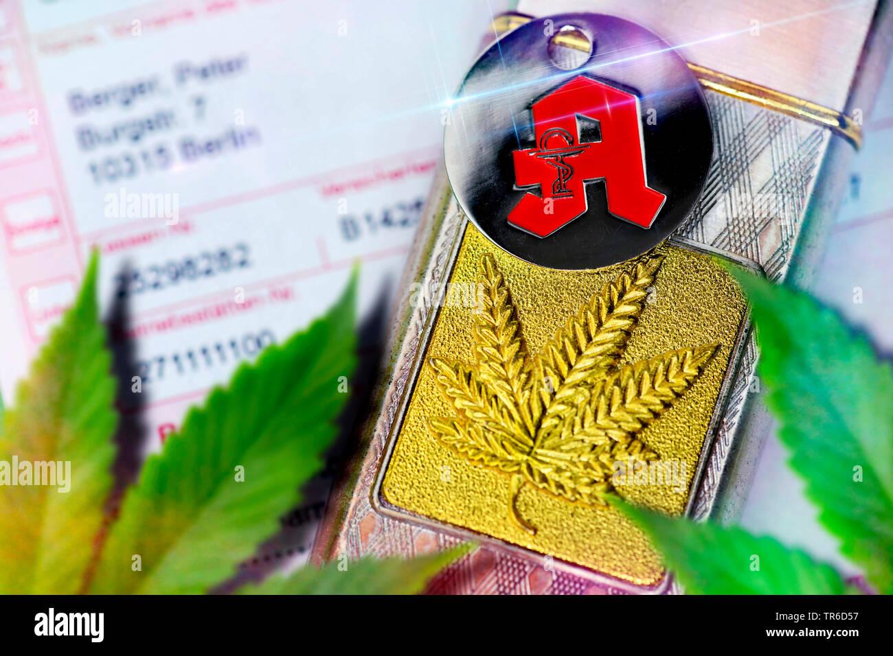 Hanf (Cannabis sativa), Hanfblatt auf einem Feuerzeug und Apotheken-Zeichen, Zulassung von Cannabis auf Rezept, Deutschland | Indian hemp, marijuana, - Stock Image