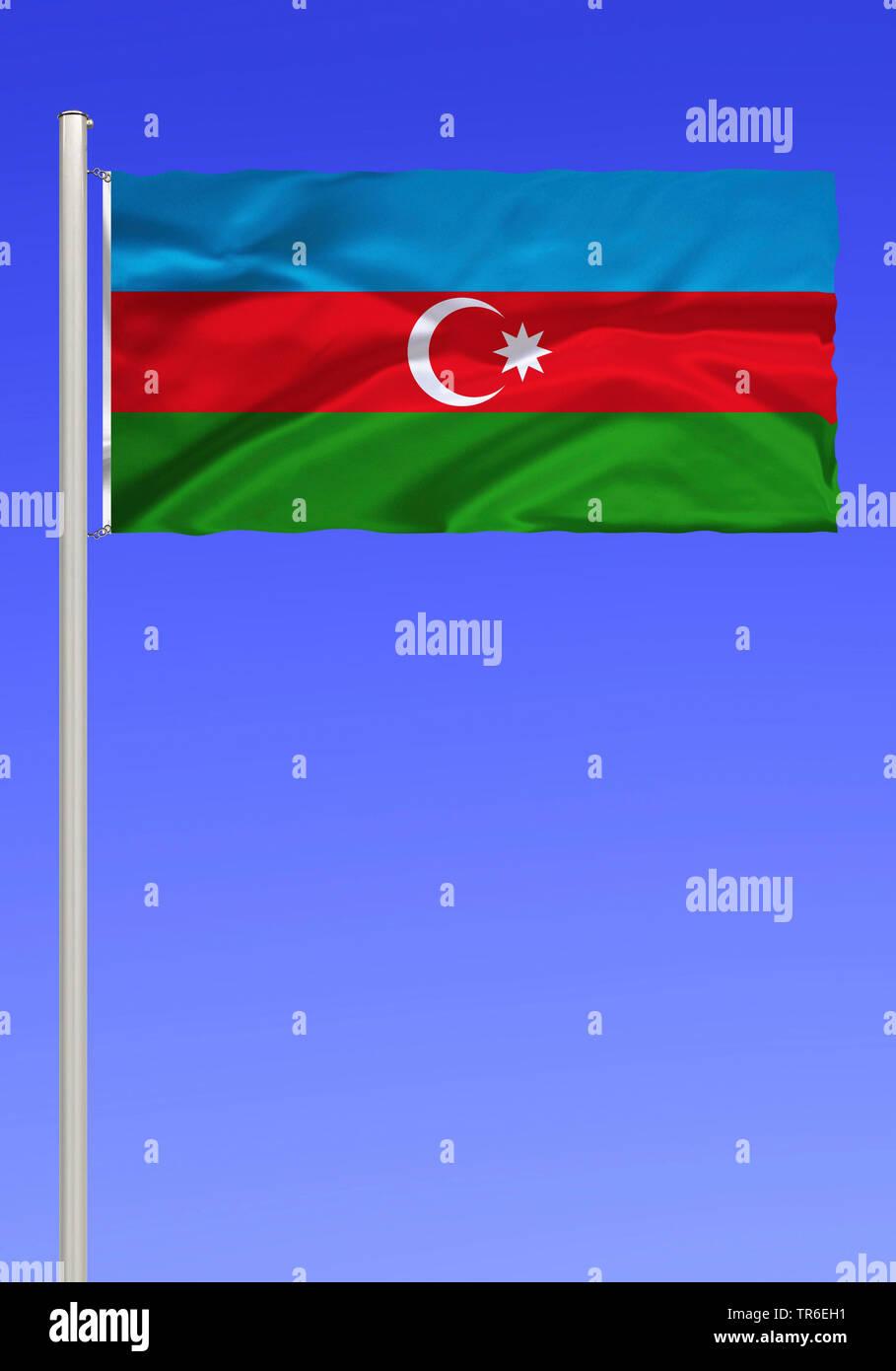 Flagge von Aserbaidschan vor blauem Himmel, Aserbaidschan | flag of Azerbaijan against blue sky, Azerbaijan | BLWS482090.jpg [ (c) blickwinkel/McPHOTO - Stock Image