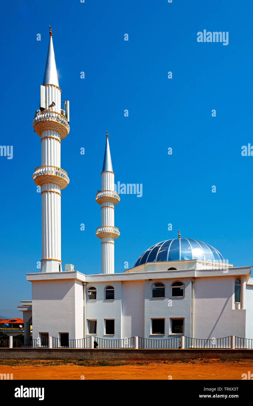 Moschee, Albanien, Kukes | mosque, Albania, Kukes | BLWS491711.jpg [ (c) blickwinkel/McPHOTO/F. Scholz Tel. +49 (0)2302-2793220, E-mail: info@blickwin - Stock Image