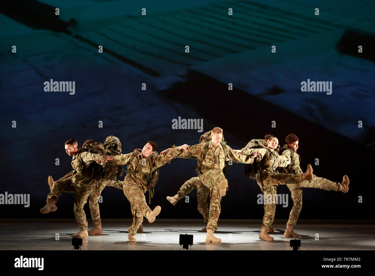 Edinburgh, Scotland, UK. 30th May, 2019. Photocall Scottish premiere of Rosie Kay's 10 SOLDIERS by Commonwealth Games Handover choreographer and Birmingham Hippodrome Associate Artist, Rosie Kay. They will performance on 30 May at 7, 30 in the Festival Theatre. Edinburgh. Credit: Pako Mera/Alamy Live News - Stock Image