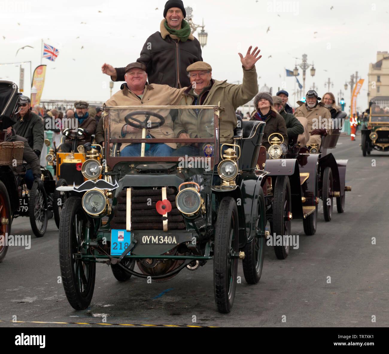 Sir David Marne driving a 1903 Panhard Et Levassor,  across the finishing line of the 2018 London to Brighton Veteran Car Run Stock Photo