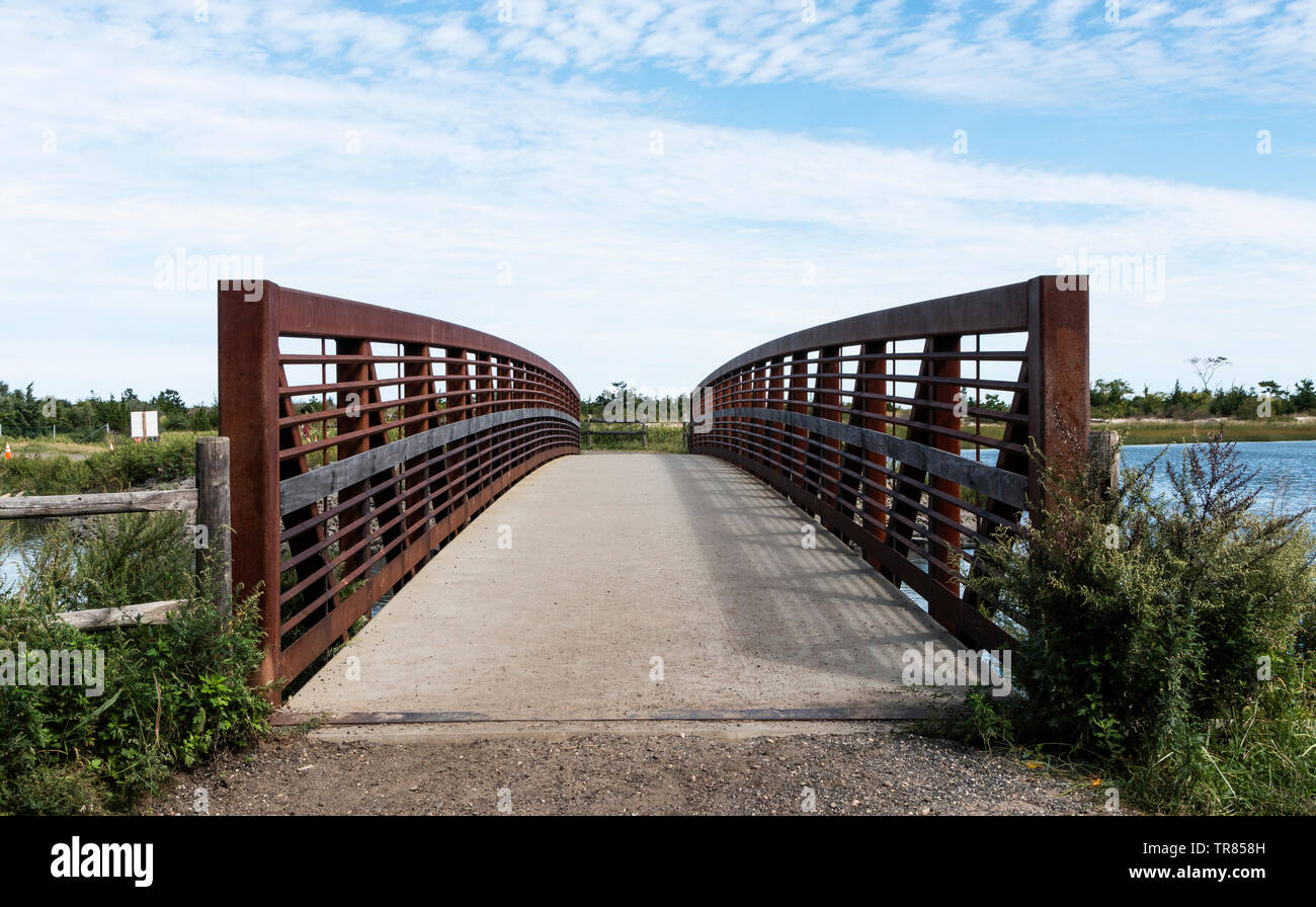 The new cement bridge at Sunken Meadow State Park built after super storm sandy created a breach. - Stock Image