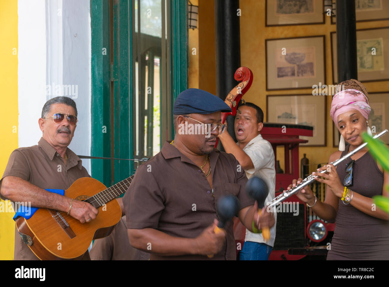 Muscians play during the day in a bar in the Old Town, Havana, Cuba, Caribbean - Stock Image