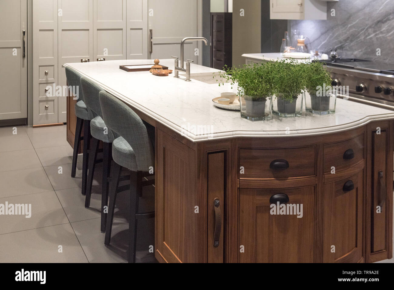 Marble Granite Top Kitchen Island with Sink and Accessories ...